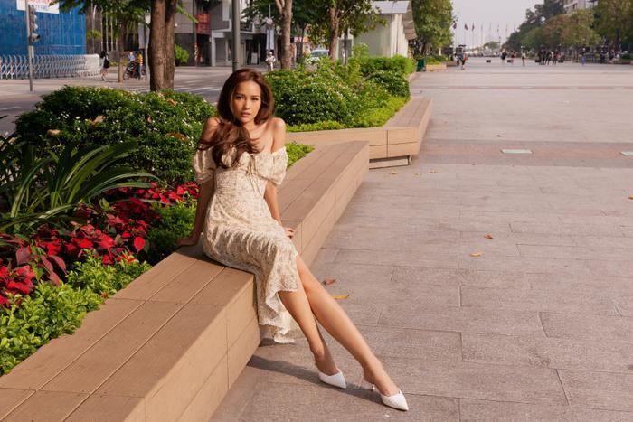 Ngọc Châu khiến fan tá hỏa khi lộ vòng eo to gấp rưỡi Tường Linh, Ngọc Diễm Ảnh 9