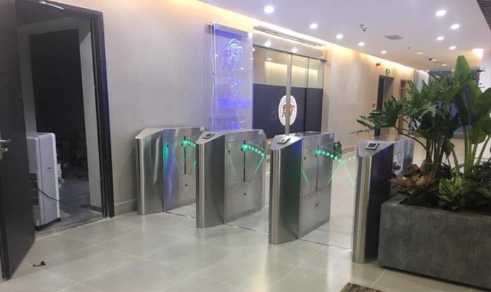 'Ngầu' như Trung tâm Giám sát An toàn không gian mạng Quốc gia, nơi HiếuPC đang làm việc Ảnh 7