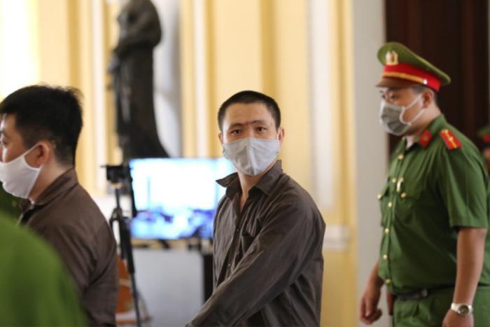Cung cấp súng, đạn cho Tuấn 'khỉ' gây án, Tý 'Bà Dòm' lĩnh 13 năm tù Ảnh 3