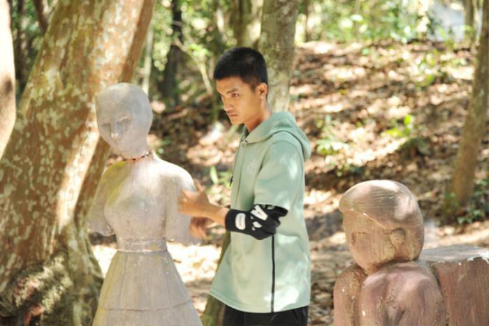 Những diễn viên đình đám trong 'Lật mặt': Từ cây hài Trường Giang, Mạc Văn Khoa, đến soái ca Song Luân Ảnh 15