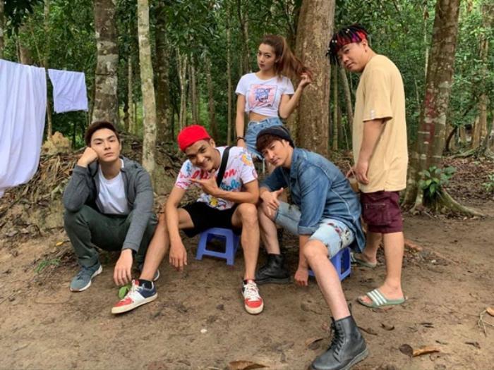 Những diễn viên đình đám trong 'Lật mặt': Từ cây hài Trường Giang, Mạc Văn Khoa, đến soái ca Song Luân Ảnh 19