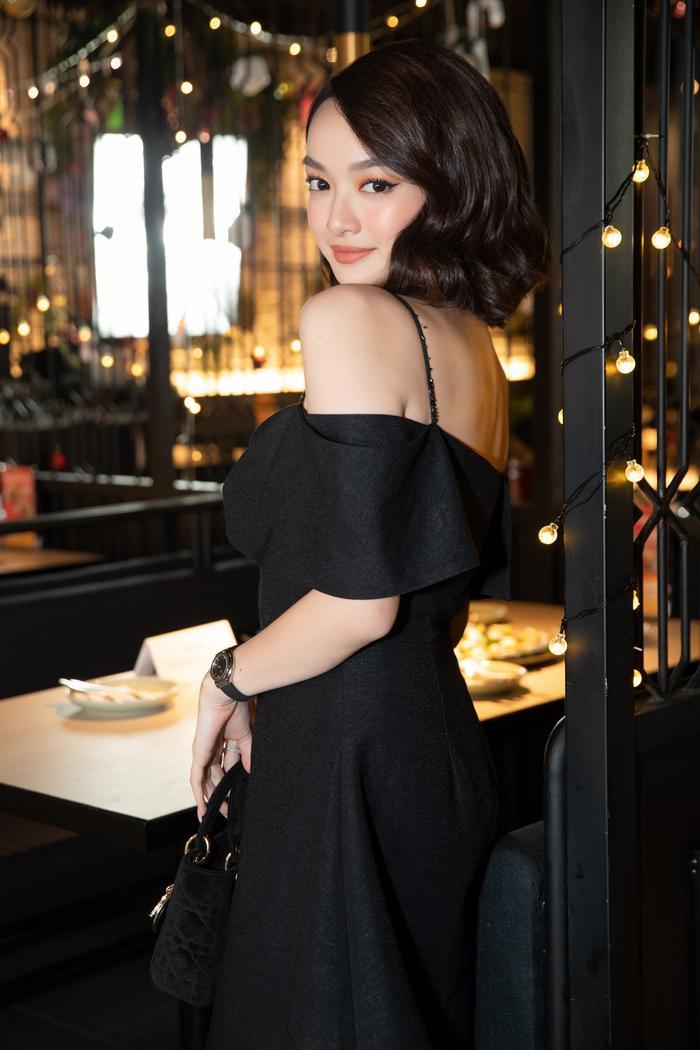 Jun Vũ đọ dáng 'bất phân thắng bại' cùng Kaity Nguyễn, lên tiếng về việc 'cạnh tranh ngầm' trong showbiz Ảnh 8