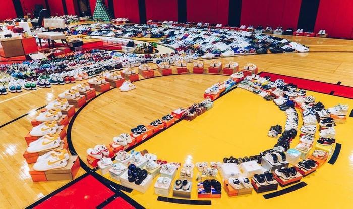 Choáng ngợp vì tủ giày sneaker lớn nhất thế giới hơn 6000 đôi Ảnh 8