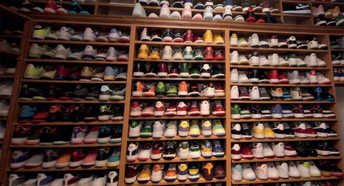 Choáng ngợp vì tủ giày sneaker lớn nhất thế giới hơn 6000 đôi Ảnh 7