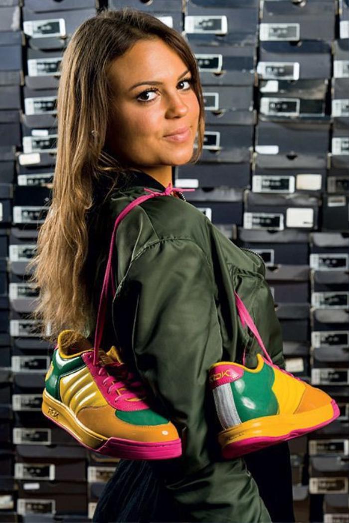 Choáng ngợp vì tủ giày sneaker lớn nhất thế giới hơn 6000 đôi Ảnh 5