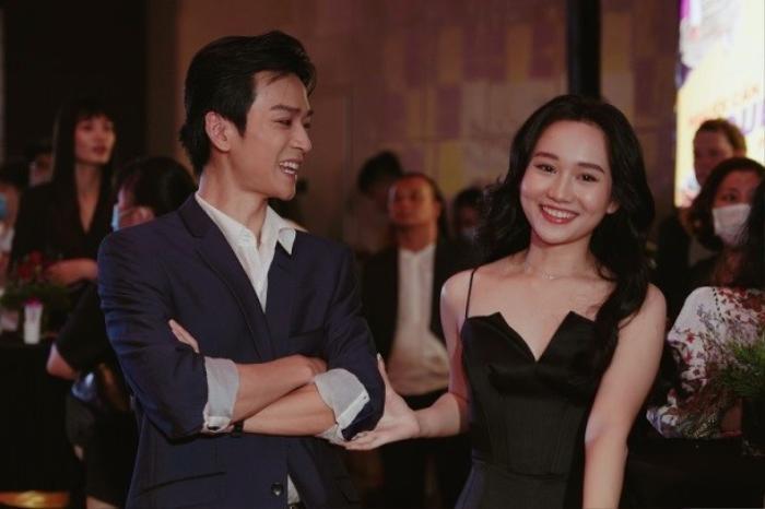 Cả showbiz dự ra mắt phim Người cần quên phải nhớ của Hoàng Yến Chibi : Cả Đường Băng, Ngạn và Hà Lan Ảnh 12