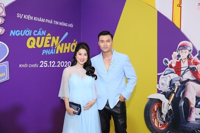 Cả showbiz dự ra mắt phim Người cần quên phải nhớ của Hoàng Yến Chibi : Cả Đường Băng, Ngạn và Hà Lan Ảnh 5