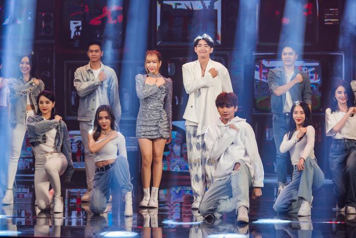 Quang Đăng, MIN, ERIK, Khắc Hưng nhận giải thưởng đặc biệt với 'Ghen Cô Vy' và 'vũ điệu rửa tay' Ảnh 6