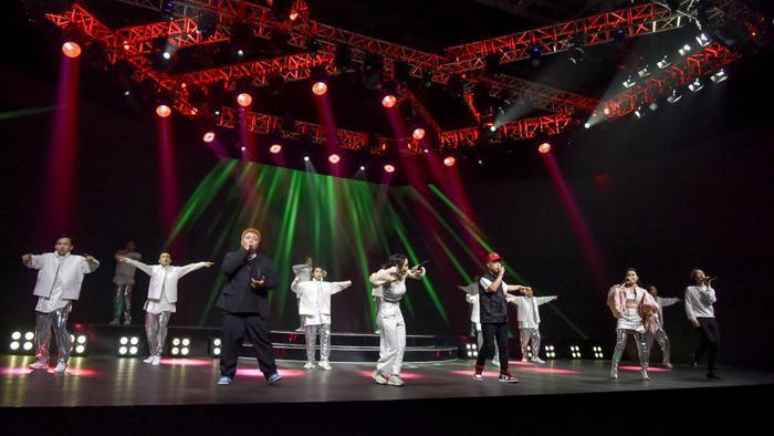 ICD 'bùng nổ' sự kiện countdown lớn nhất năm, MIN - Quang Đăng tái hiện vũ đạo nổi tiếng thế giới Ảnh 1