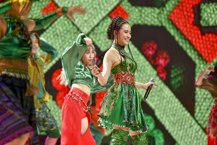 ICD 'bùng nổ' sự kiện countdown lớn nhất năm, MIN - Quang Đăng tái hiện vũ đạo nổi tiếng thế giới Ảnh 9