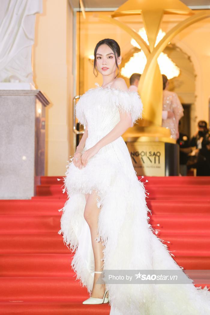 Thảm đỏ 'Ngôi sao xanh 2020': Chi Pu đọ sắc LONA cùng dàn Hoa hậu đẹp ngút ngàn của Việt Nam Ảnh 50