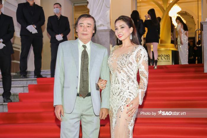 Thảm đỏ 'Ngôi sao xanh 2020': Chi Pu đọ sắc LONA cùng dàn Hoa hậu đẹp ngút ngàn của Việt Nam Ảnh 62