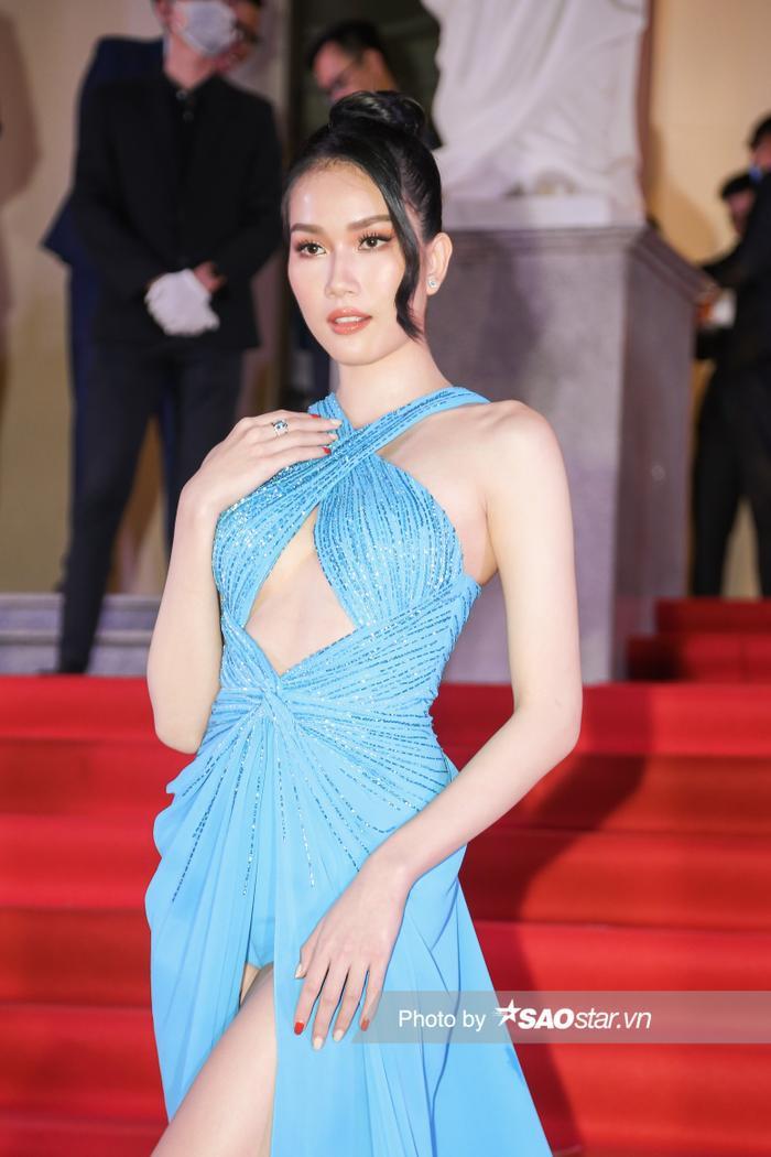 Thảm đỏ 'Ngôi sao xanh 2020': Chi Pu đọ sắc LONA cùng dàn Hoa hậu đẹp ngút ngàn của Việt Nam Ảnh 14