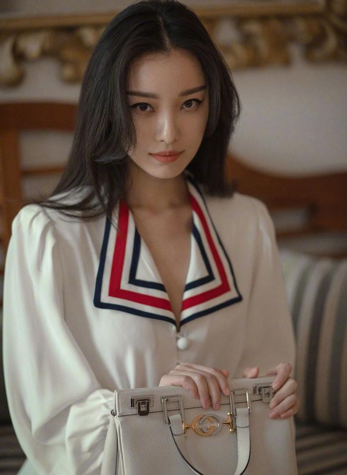 Những mỹ nhân Hoa ngữ thành công ở mảng điện ảnh nhưng thất bại ở truyền hình Ảnh 19