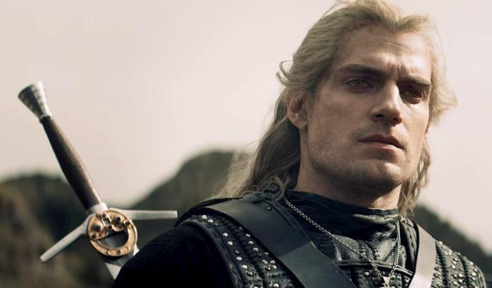 Henry Cavill dính chấn thương nặng nề ở chân trong lúc quay phim, 'The Witcher 2' tiếp tục bị hoãn ? Ảnh 2