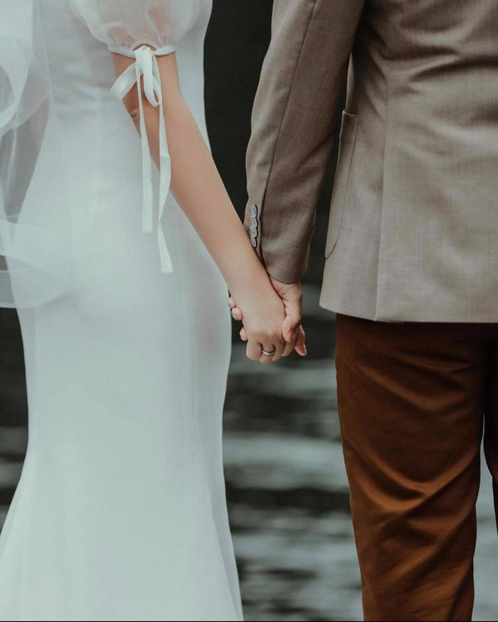 Khách mời hé lộ thiệp cưới của Primmy Trương và Phan Thành, ngày vui đã cận kề mà chính chủ vẫn im lặng Ảnh 2