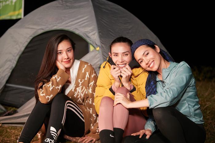 'Chị em song sinh' Tường Linh thế chỗ Hoàng Thùy, Ngọc Diễm tuyên bố: 'Không tham gia show thực tế nữa' Ảnh 6