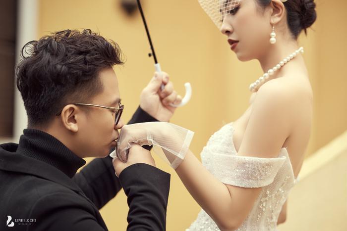 Á Hậu Thúy An hé lộ ảnh cưới lung linh tại Đà Lạt: Cô dâu nhan sắc rạng ngời, chú rể điển trai phong độ Ảnh 2