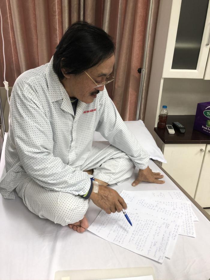 Nghệ sĩ Giang Còi ung thư họng di căn, không điều trị hóa chất: 'Còn sống 2 năm, tôi vẫn làm việc' Ảnh 3