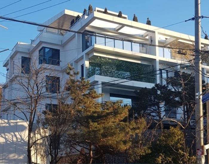Hyun Bin tậu căn Penthouse 100 tỷ để cưới Son Ye Jin: Trở thành hàng xóm của Oh Yeon Seo! Ảnh 3
