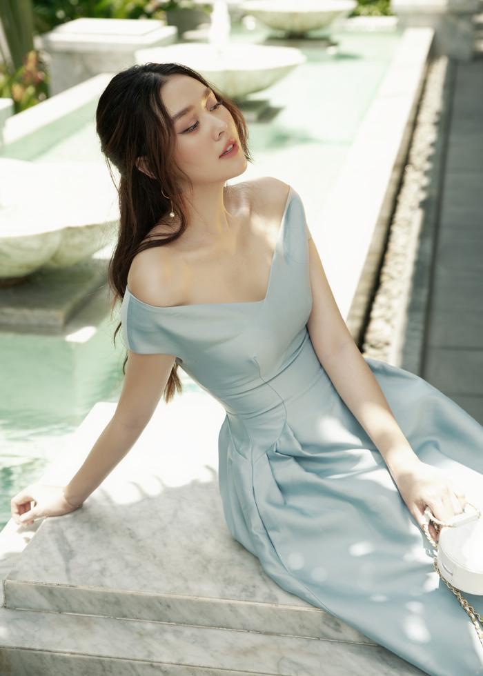 Qúa xinh đẹp, thuần khiết Á hậu Tường San được fan ví như Song Hye Kyo phiên bản Việt Ảnh 19