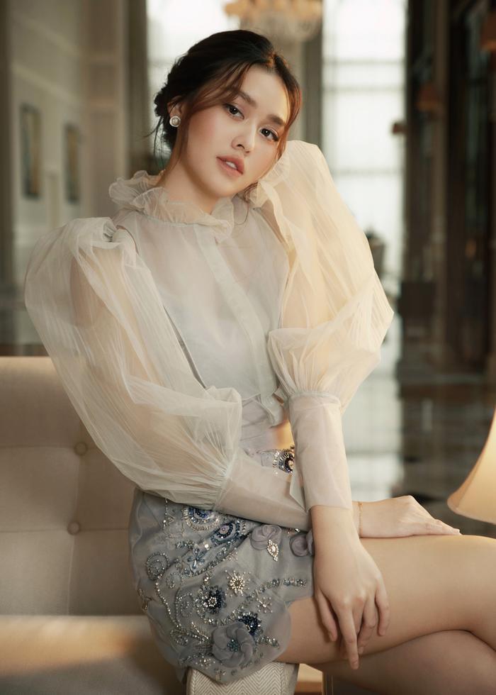 Qúa xinh đẹp, thuần khiết Á hậu Tường San được fan ví như Song Hye Kyo phiên bản Việt Ảnh 5