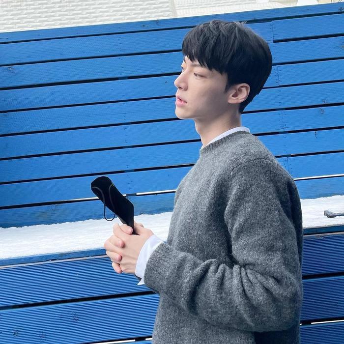 Ahn Jae Hyun theo dõi 1 tài khoản duy nhất, Goo Hye Sun 'bít cửa' nhưng vẫn lụy tình chồng cũ? Ảnh 3