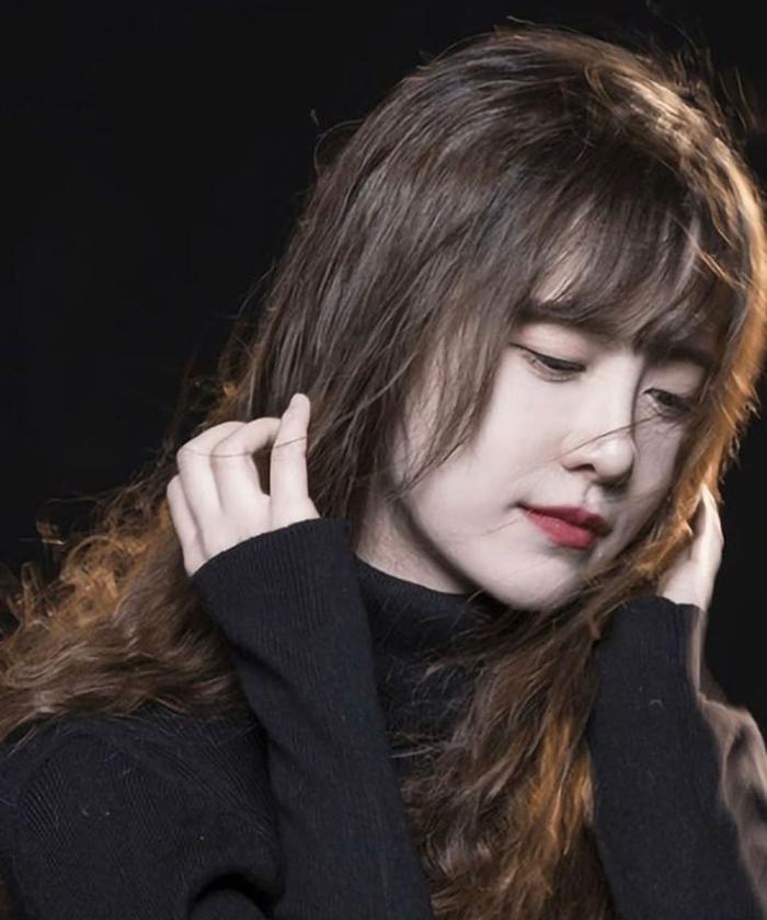 Ahn Jae Hyun theo dõi 1 tài khoản duy nhất, Goo Hye Sun 'bít cửa' nhưng vẫn lụy tình chồng cũ? Ảnh 8