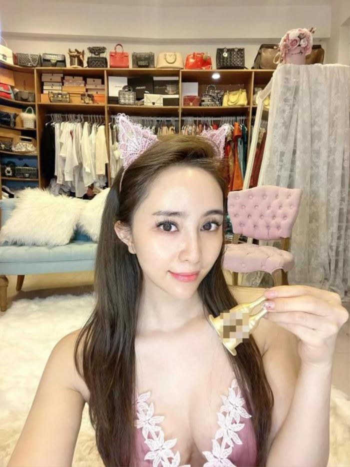 'Cá sấu chúa' Quỳnh Nga lại khiến fan không thể rời mắt vì vòng 1 gợi cảm Ảnh 2