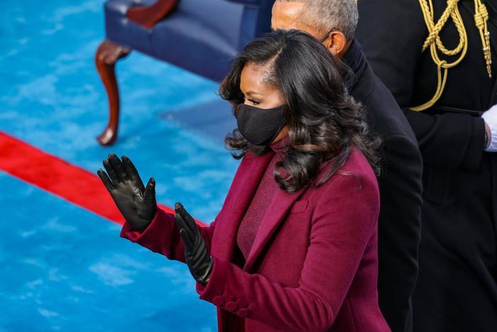 Cựu tổng thống Barack Obama không hiểu tại sao mọi người lại thích kiểu tóc của vợ Ảnh 3