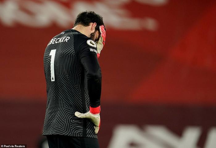 HLV Pep Guardiola phát biểu khiêm tốn sau khi Man City vùi dập Liverpool Ảnh 2
