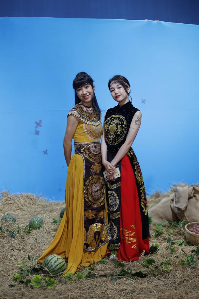 Hot YouTuber Misthy, Di Di và Linh Ngọc Đàm làm nhiệm vụ 'cứu Tết' theo phong cách bá đạo Ảnh 5
