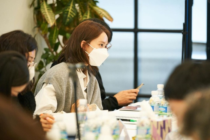 Yoona (SNSD) rạng rỡ bên Hyun Bin tại buổi đọc kịch bản phim mới Ảnh 5