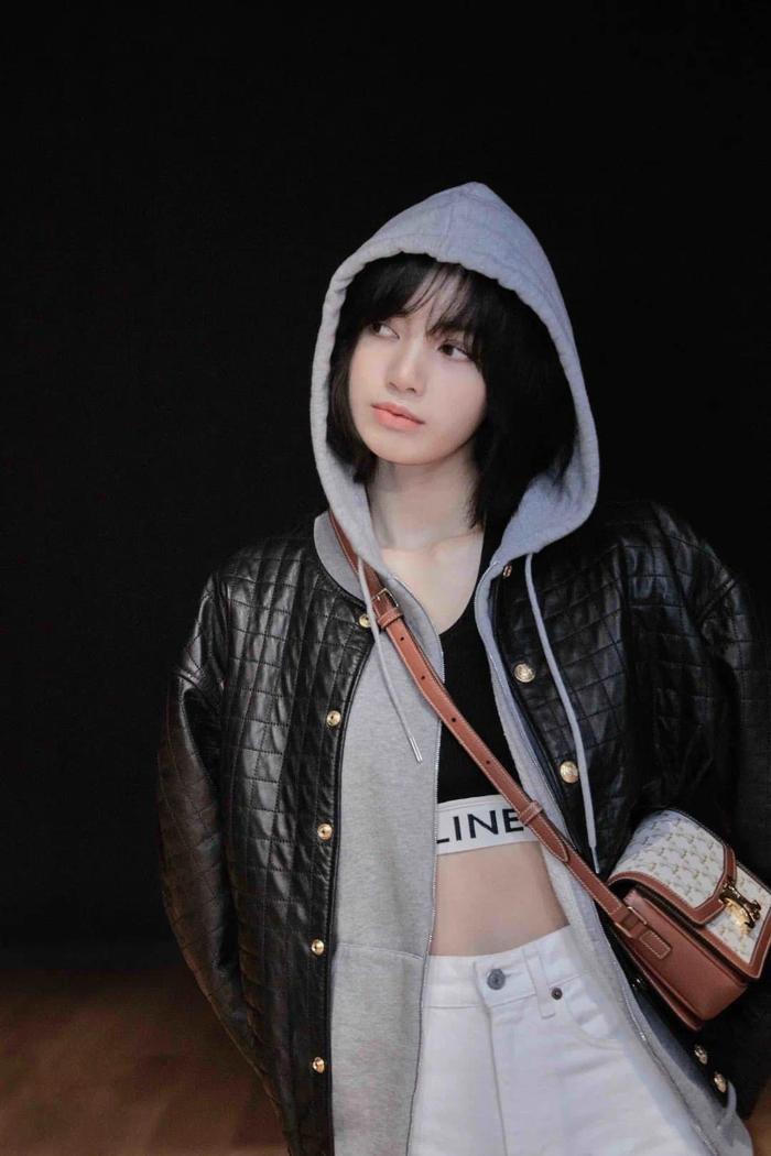 Lisa Black Pink là giám khảo giải thưởng thời trang danh giá của Pháp khiến fans vỡ òa cảm xúc Ảnh 1