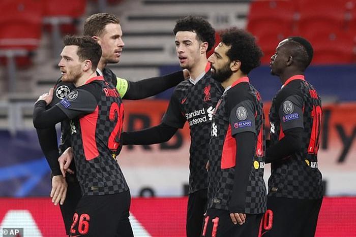 Liverpool đặt một chân vào tứ kết Champions League Ảnh 1