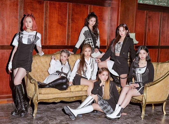Fan tò mò danh tính girlgroup vừa mới debut đã được về 'chung nhà' Mỹ tiến với Twice, (G)I-DLE Ảnh 8