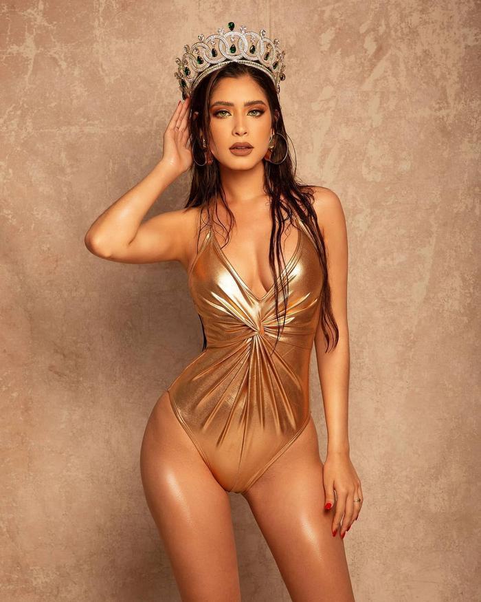 Mặc áo tắm tạo dáng, catwalk bên tượng phật, Miss Grand Mexico bị chỉ trích kịch liệt Ảnh 1