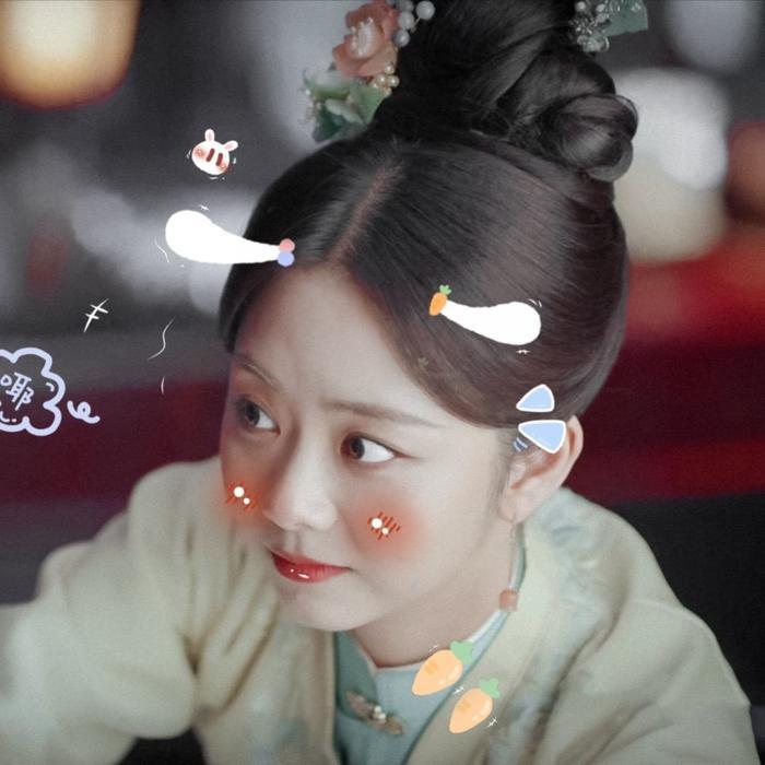 Chung Hán Lương - Đàm Tùng Vận lộ cảnh thân mật trên giường ở phim mới, Vương Nhất Bác bị réo tên Ảnh 8