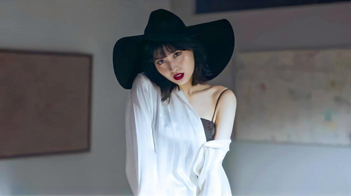 Fan 'dậy sóng' khi Momo chính thức phát hành video vũ đạo đầu tiên: Cùng lúc cân 2 phong cách khác nhau Ảnh 6