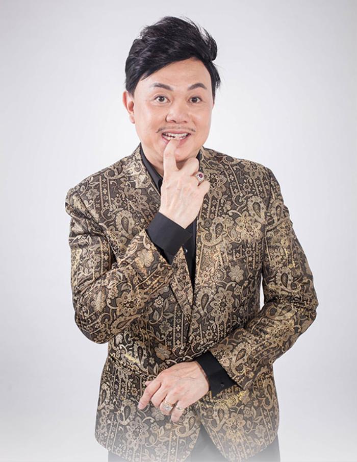 Gia đình cố nghệ sĩ Chí Tài chuyển gần 2 tỷ tiền phúng viếng cho NSƯT Hoài Linh để lập quỹ từ thiện Ảnh 1
