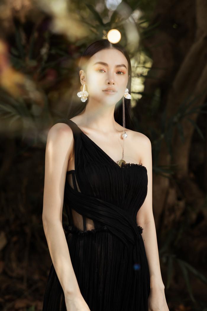 Hoa hậu Phương Khánh tái xuất đẹp mê hồn sau thời gian 'bốc hơi' Vbiz, dính tin đồn có bầu Ảnh 12