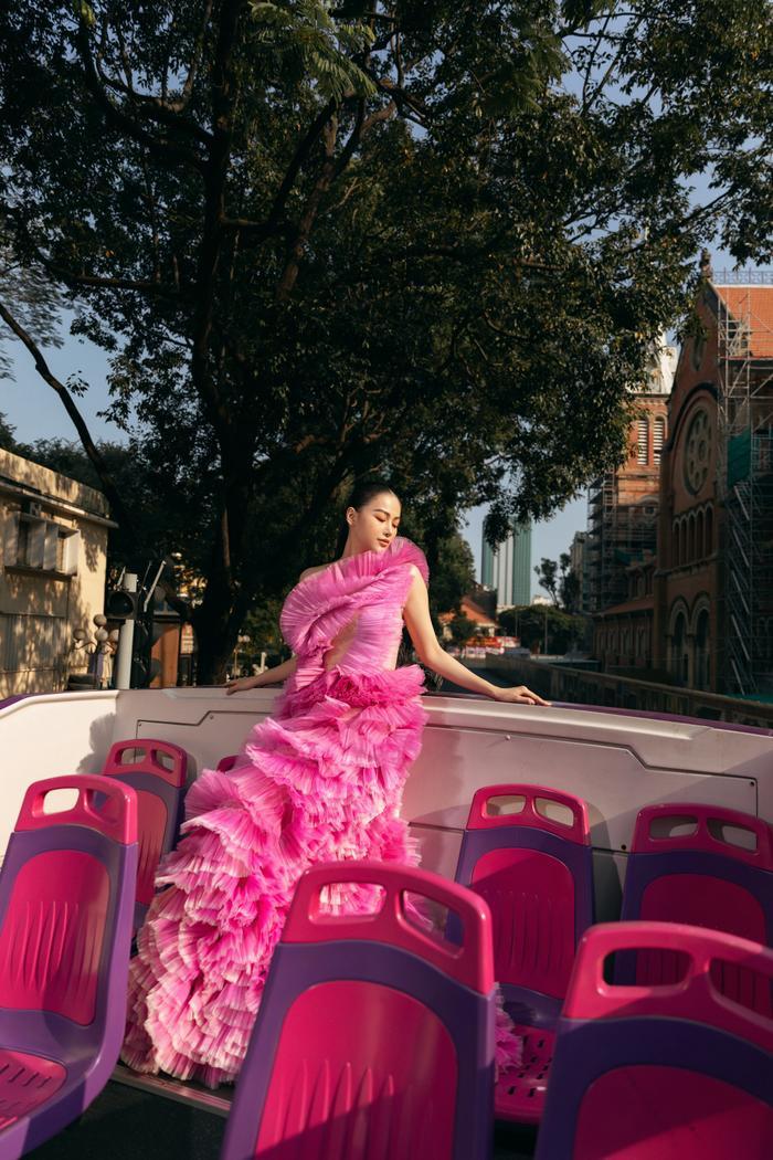 Hoa hậu Phương Khánh tái xuất đẹp mê hồn sau thời gian 'bốc hơi' Vbiz, dính tin đồn có bầu Ảnh 23