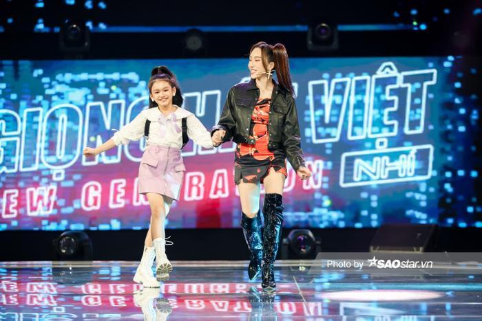 Minh Thư - Song Tùng đội BigLy trình diễn ca khúc mới gây nghiện 'Muợn sữa làm quen' siêu cấp đáng yêu Ảnh 1