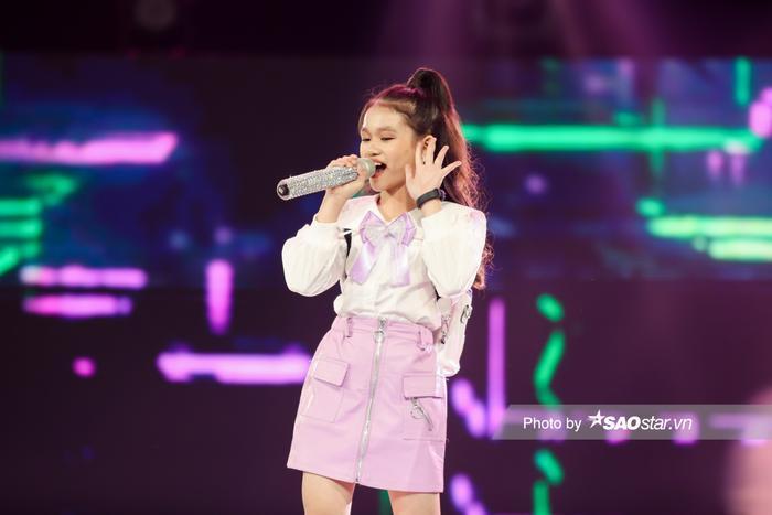 Minh Thư - Song Tùng đội BigLy trình diễn ca khúc mới gây nghiện 'Muợn sữa làm quen' siêu cấp đáng yêu Ảnh 6