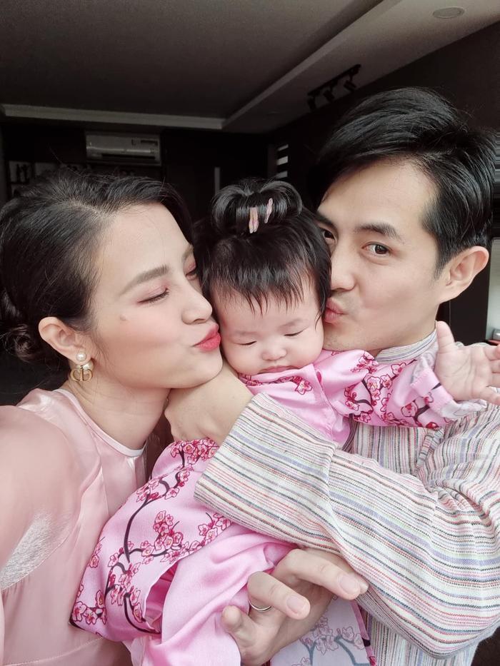 Đông Nhi khó ngủ vì bé Winnie, lo lắng nếu sinh thêm con trai: Thấm thía nể 'mẹ 3 con' Hà Hồ Ảnh 5