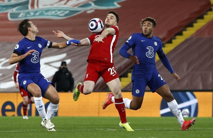 Chelsea hạ gục Liverpool trong trận cầu '6 điểm' Ảnh 1