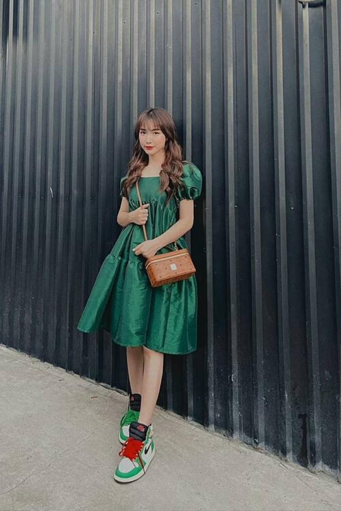 Mua cả lố váy xinh xắn nhưng Hòa Minzy vẫn phải thanh lý giá rẻ vì lỗi ngờ nghệch Ảnh 7