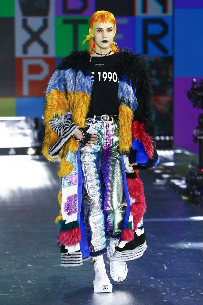Dolce & Gabbana kết hợp sàn catwalk với trí tuệ nhân tạo Ảnh 8
