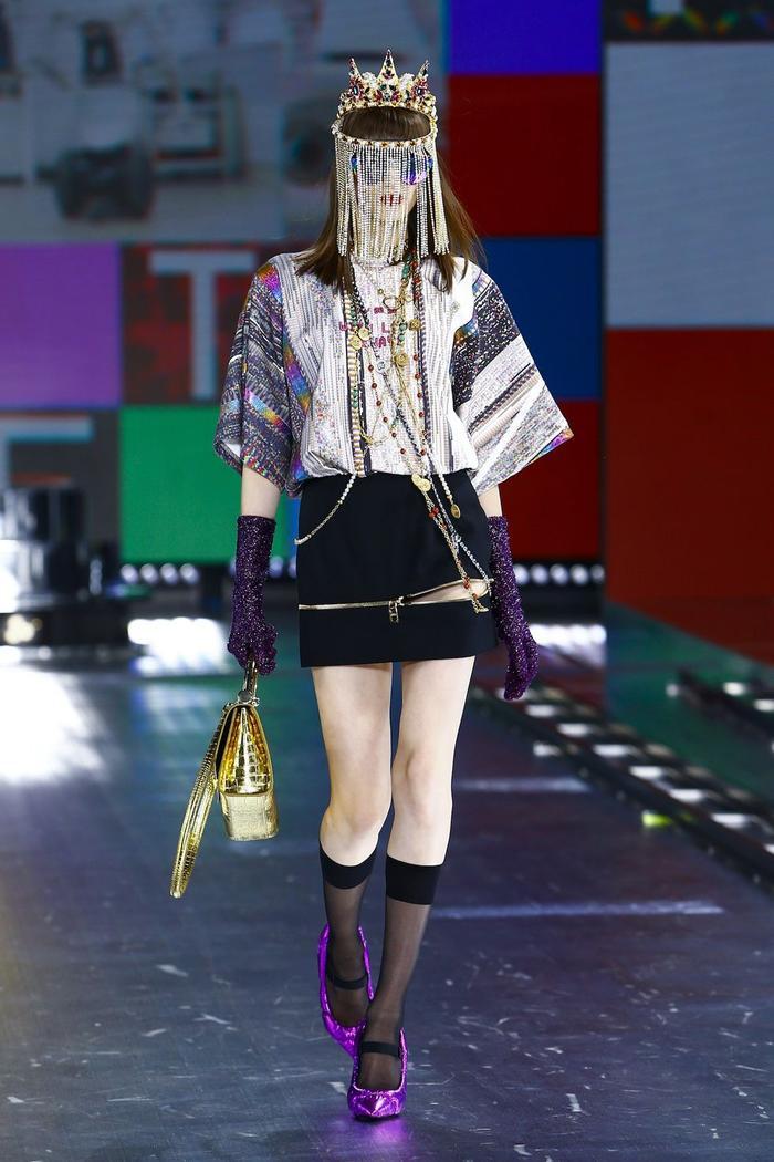Dolce & Gabbana kết hợp sàn catwalk với trí tuệ nhân tạo Ảnh 5