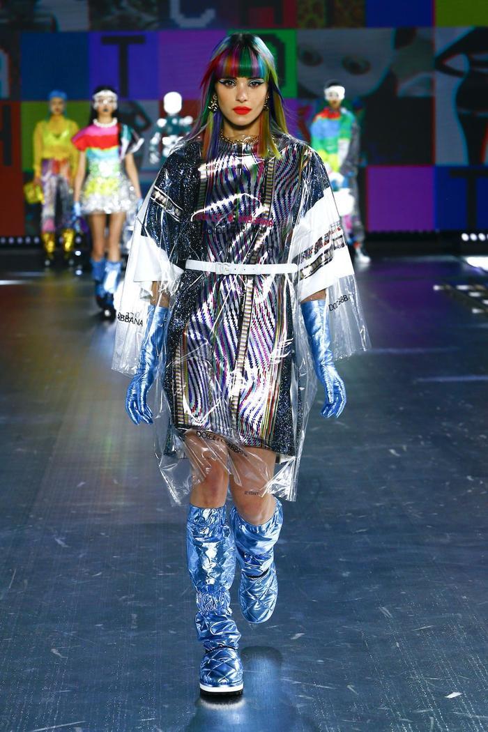 Dolce & Gabbana kết hợp sàn catwalk với trí tuệ nhân tạo Ảnh 13
